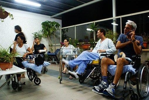 Stoły rehabilitacyjne to komfort dla pacjenta
